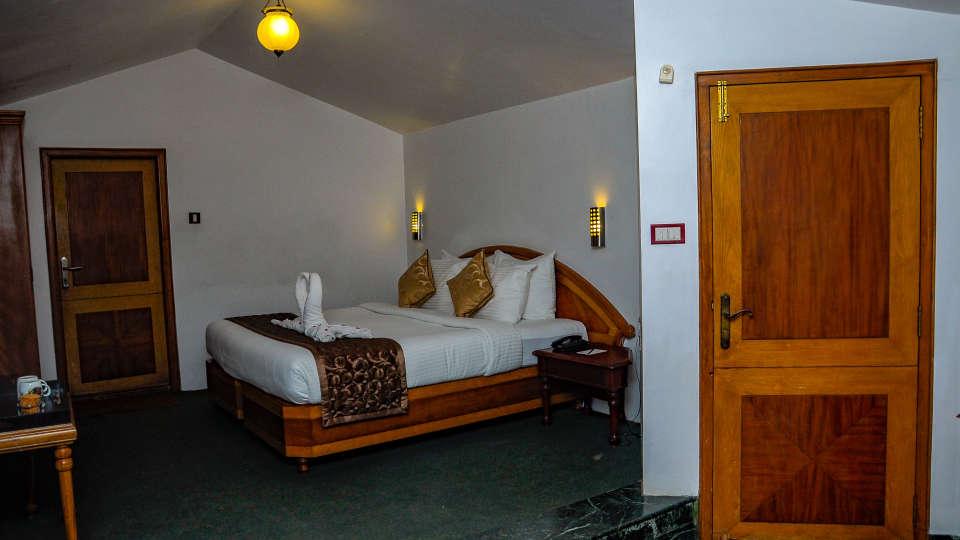 Executive Room at La Montana by TGI