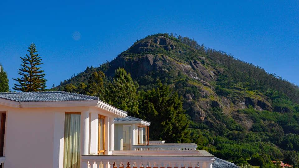 Room Balcony View at La Montana by TGI