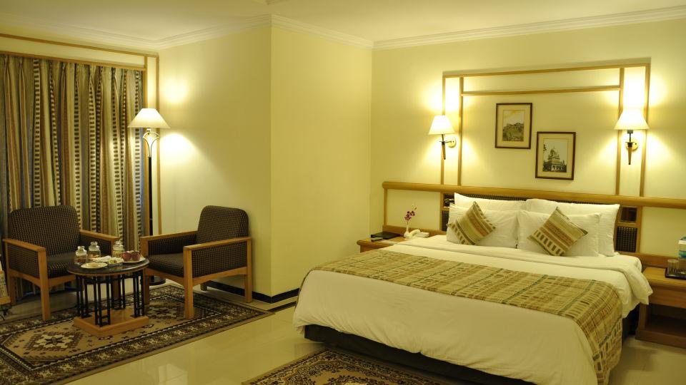 Suite at Aditya Park Hyderabad, hotels near ameerpet metro station 1
