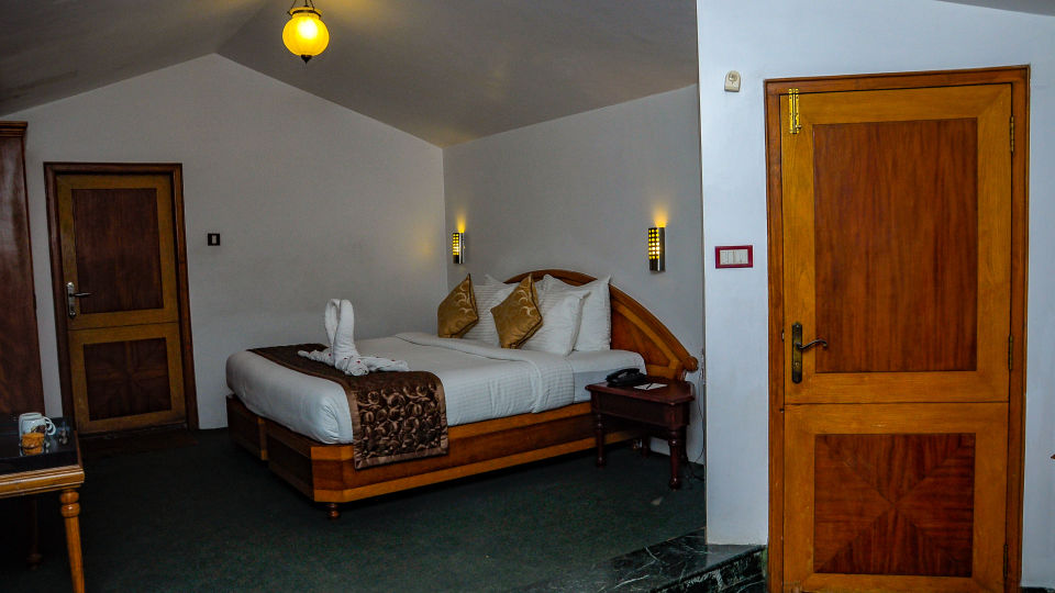Executive Room at La Montana by TGI