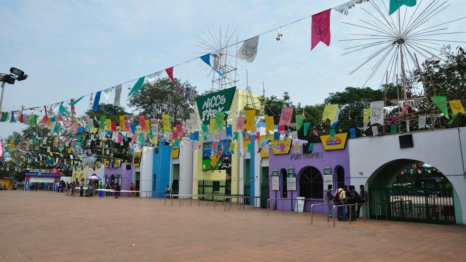 Nicco Park Entrance - Jheel Meel - Kolkata 2012-01-19 8337