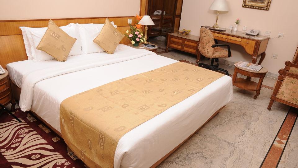 Raj Park Hotel - Chennai Chennai Suite Raj Park Hotel Alwarpet Chennai 1