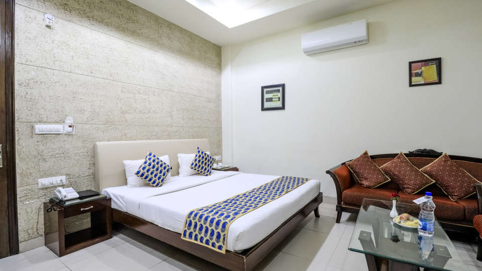10Super Deluxe Rooms Rooms at Cosy Grand Hotel RK Puram 3-Star Delhi Hotel