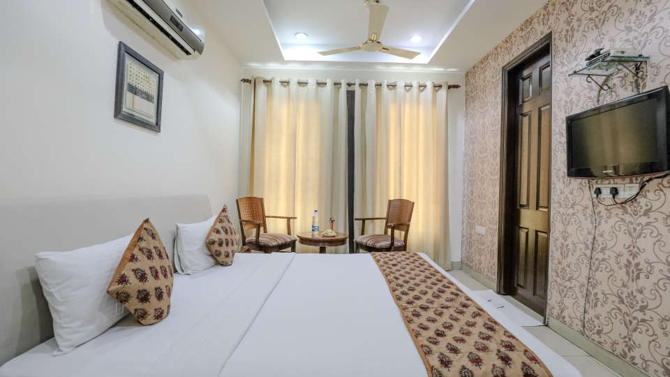 Hotel rooms in Delhi_Cozy Grand Hotel Rk Puram_Hotels_Near AIIMS Delhi 2