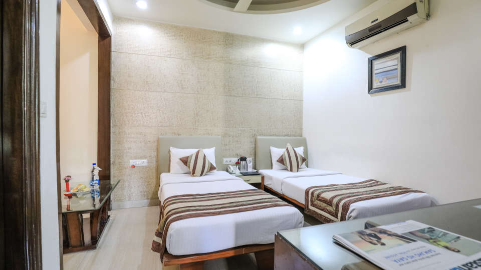 Hotel rooms in Delhi_Cozy Grand Hotel Rk Puram_Hotels_Near AIIMS Delhi 14