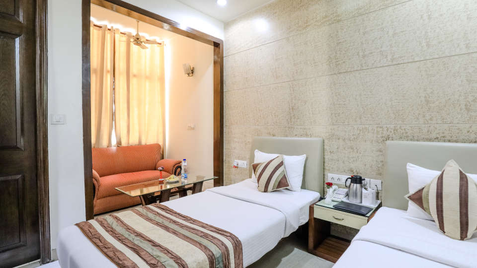 Hotel rooms in Delhi_Cozy Grand Hotel Rk Puram_Hotels_Near AIIMS Delhi 15