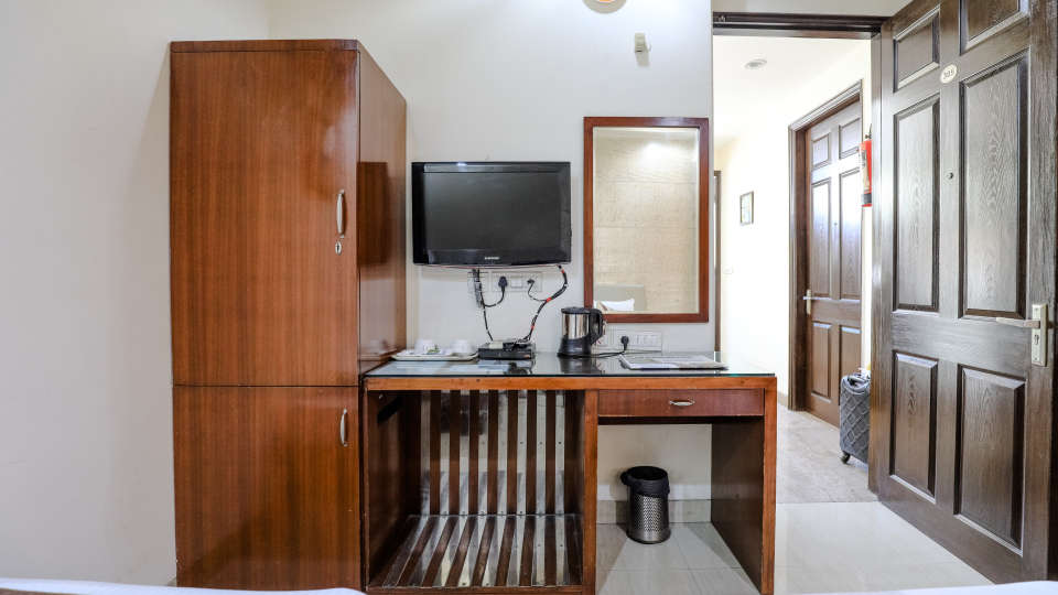 Hotel rooms in Delhi_Cozy Grand Hotel Rk Puram_Hotels_Near AIIMS Delhi 17
