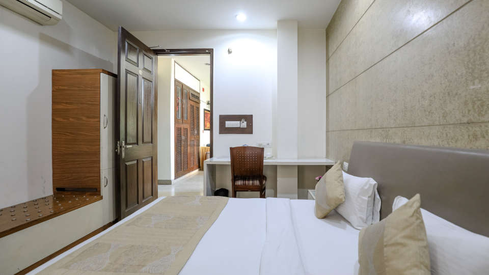 Hotel rooms in Delhi_Cozy Grand Hotel Rk Puram_Hotels_Near AIIMS Delhi 30