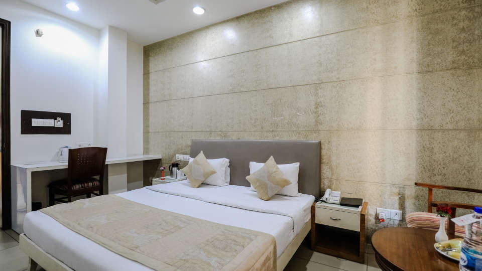 Rooms8 Rooms at Cosy Grand Hotel RK Puram 3-Star Delhi Hotel