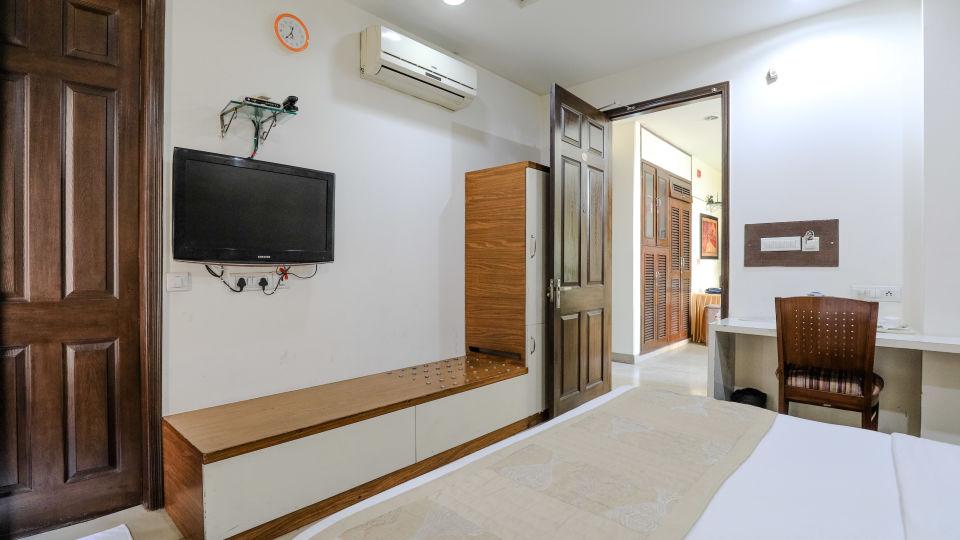 14Rooms Rooms at Cosy Grand Hotel RK Puram Hotels In Delhi