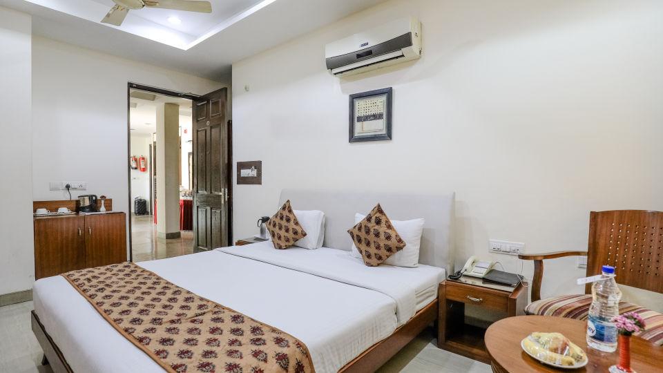 2Rooms at Cosy Grand Hotel RK Puram Hotels In Delhi