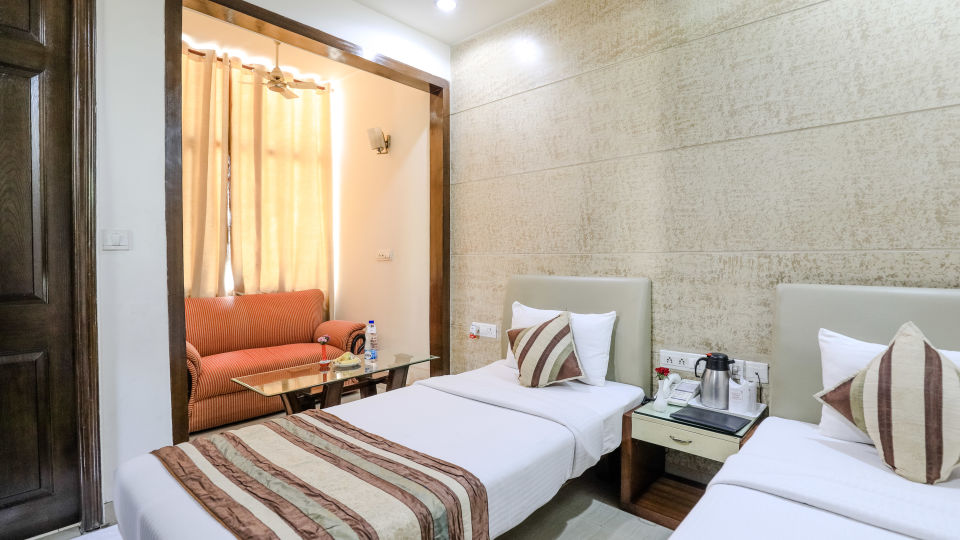 Hotel rooms in Delhi_Cozy Grand Hotel Rk Puram_Hotels_Near AIIMS Delhi 15