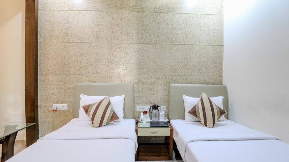 Hotel rooms in Delhi_Cozy Grand Hotel Rk Puram_Hotels_Near AIIMS Delhi 16