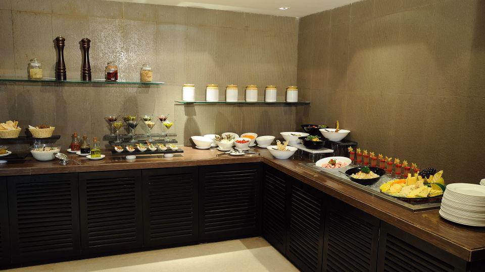 Fukusuke at Davanam Sarovar Portico Suites, Hotels in Bangalore 5