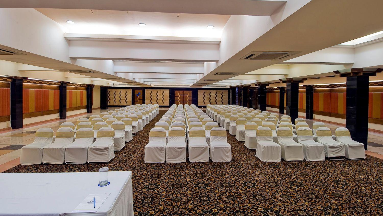 Banquet Ahmedabad Sarovar Portico Ahmedabad 7