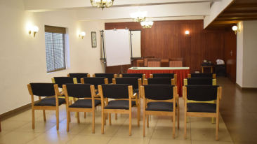 Conference Halls in Kochi, Meeting Halls in Kochi, Abad Metro, Kochi-15