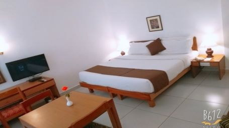 Rooms in Cochin, Best places to stay in Cochin, Hotel Abad Metro, Kochi-7