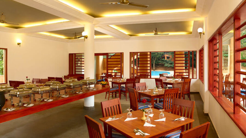 Peppermint Restaurant in Thekkady, Places to eat in Thekkady, Abad Green Forest, Thekkady-2