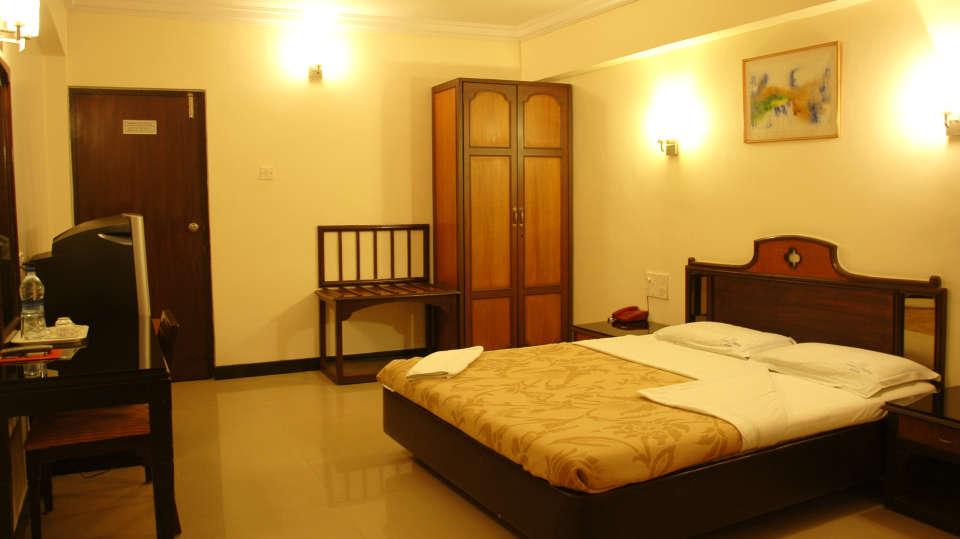 Hotel Suvarna Regency, Hassan Hassan deluxe non ac rooms at hotel suvarna regency in hassan