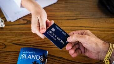 banking-brochure-commerce-1374544