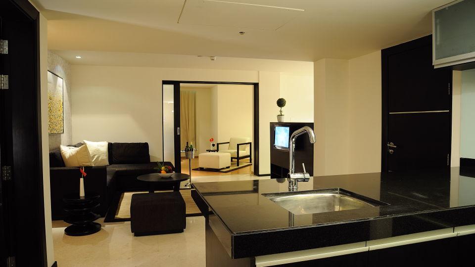 Premium Rooms at Davanam Sarovar Portico Bangalore, Hotels in Bangalore 1