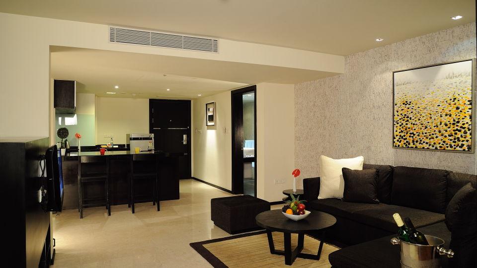 Premium Rooms at Davanam Sarovar Portico Bangalore, Hotels in Bangalore 3