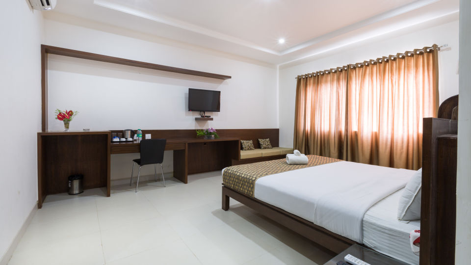 The Sanctum Suites, Bangalore Bangalore Premium King Room 1 The Sanctum Suites Bangalore