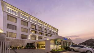 Hotel TGI Grand Fortuna, Hosur Hosur Facade Hotel TGI Grand Fortuna Hosur 1