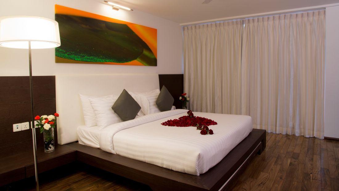 Springs Hotel & Spa, Bangalore Bengaluru Suite Room 1 Springs Hotel Spa