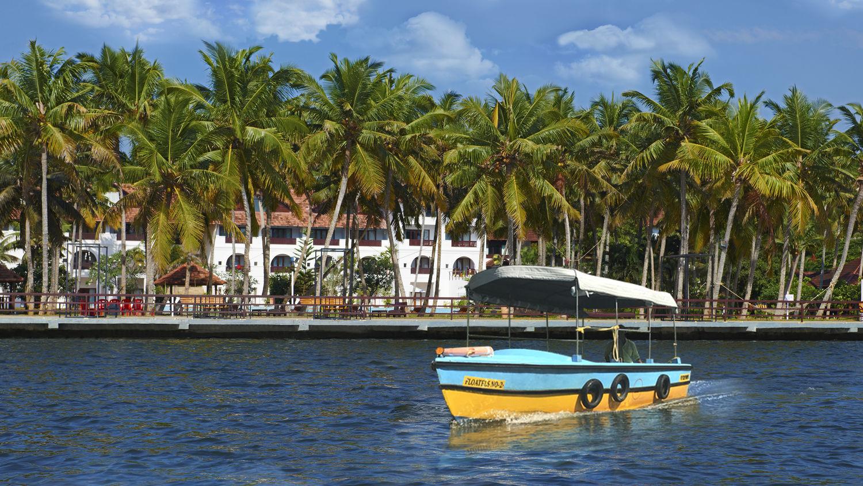 Estuary Sarovar Portico Poovar Island11