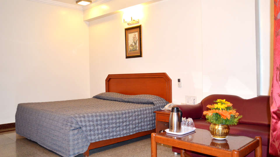 Hotel Chalukya, Bangalore Bangalore Deluxe Executive Room Hotel Chalukya Bangalore 4