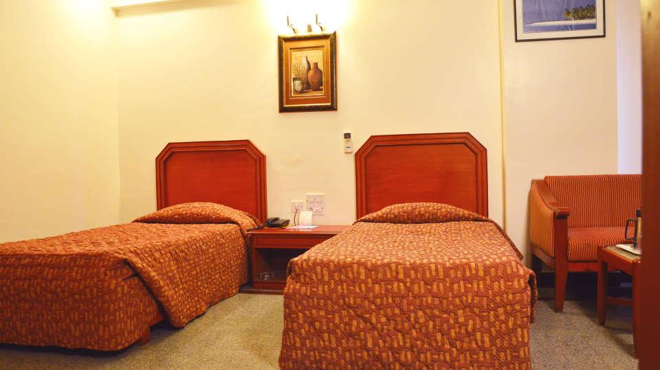 Hotel Chalukya, Bangalore Bangalore Deluxe Room Hotel Chalukya Bangalore 2