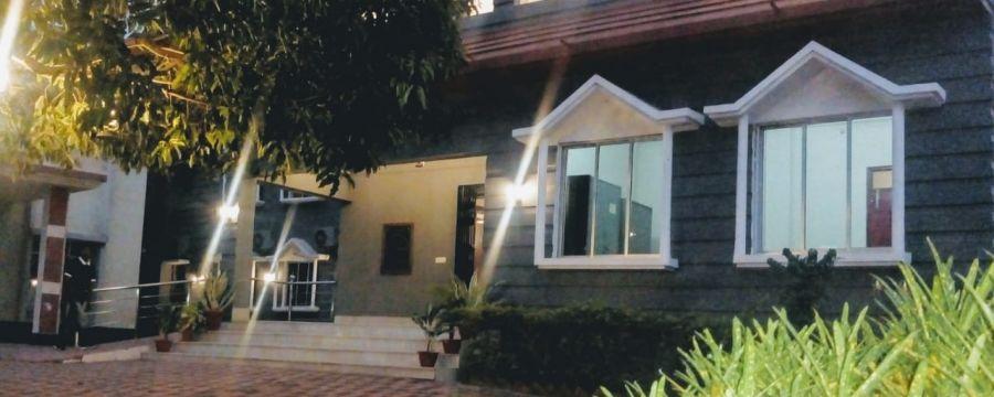 alt-text Polo Lake Resort, Neermahal, Resort in Melaghar 7