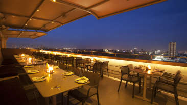 Hotel Ivory Tower, Bangalore Bengaluru restaurant Hotel ivory Tower Bangalore
