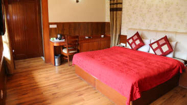 Manla Homes Shimla Hotel Resort Luxury Villa 1