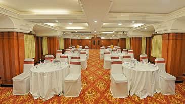 Gayathri, Hotel Gokulam Park, Chennai, Banquet Halls In Chennai 5