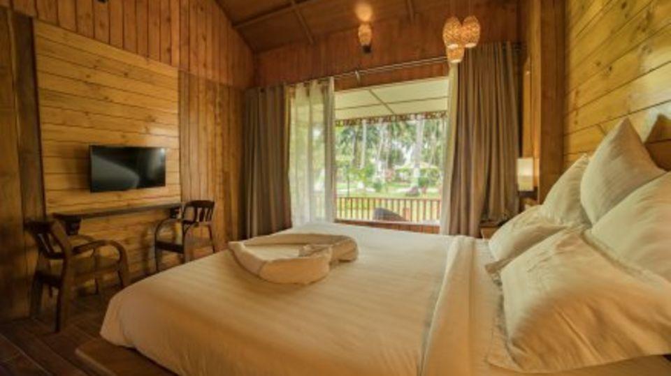 coral suites, coral reef resort havelock, resort in private beach havelock