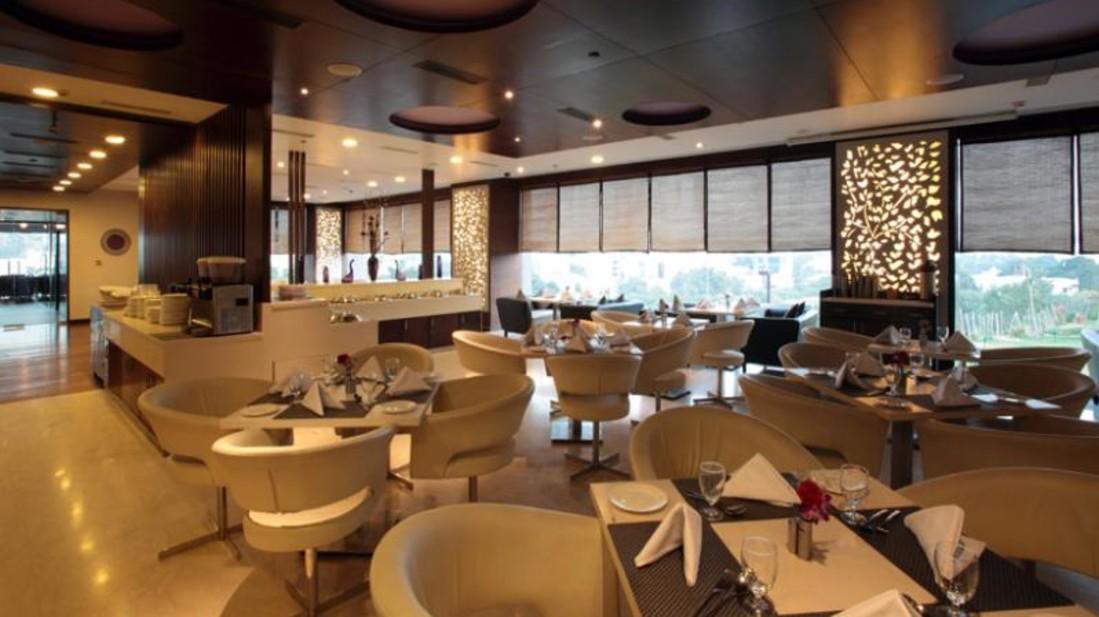 Circles Restaurant Hotel Daspalla Hyderabad 2