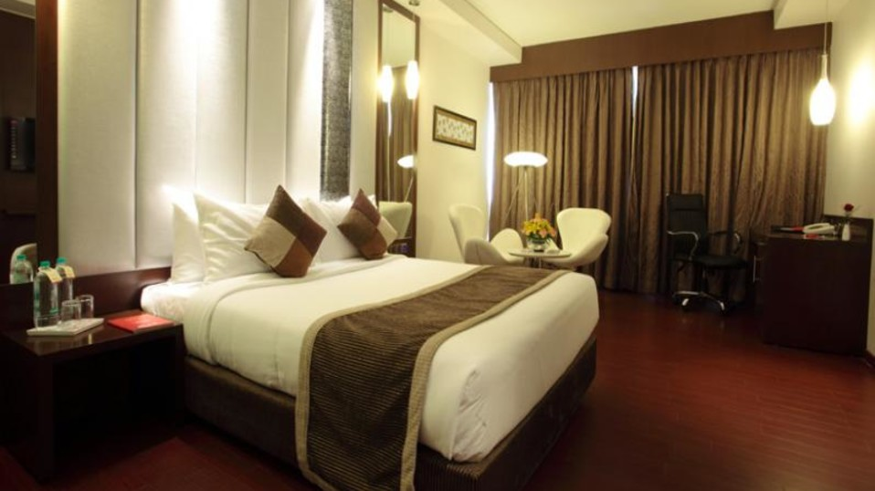 Club Select Room Hotel Daspalla Hyderabad