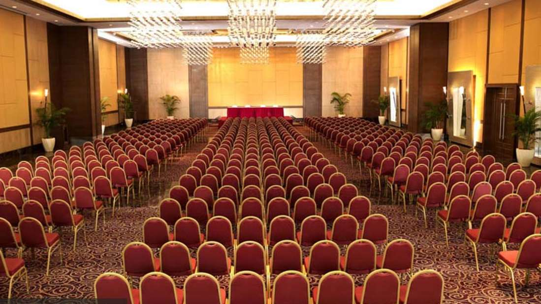 Convention Centre at The Retreat Hotel and Convention Centre Malad Mumbai, banquet halls in madh island