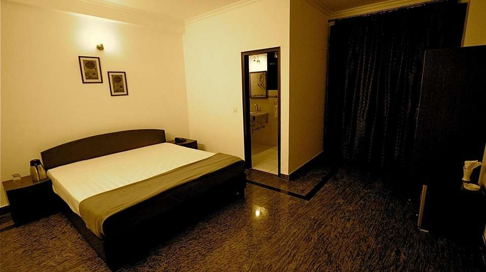 Hotel V M Residency, Vasant Kunj, Delhi New Delhi And NCR Luxury Rooms Hotel VM Residency Delhi 2