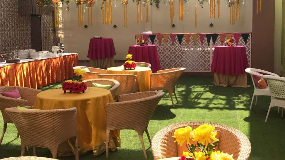 Urvi Banquet Hall 5 Udman Hotels Resort Delhi Hotel near Airport