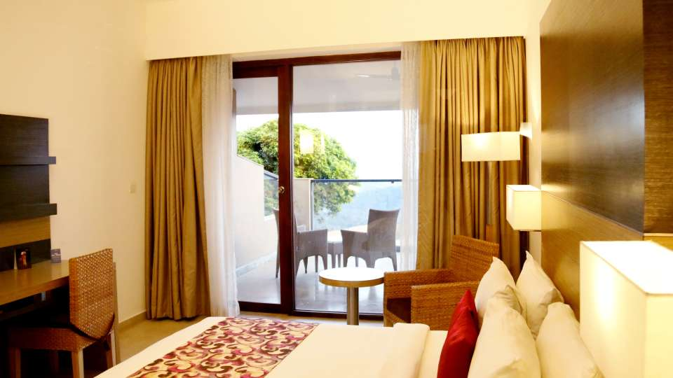 Poetree Sarovar Portico, Rooms at Hotels in Kerala, Thekkady resorts 5