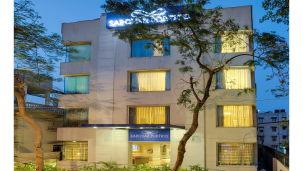 Facade at Hotel Sarovar Portico Naraina New Delhi