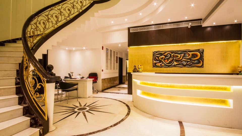 Lobby Grand Godwin New Delhi 24