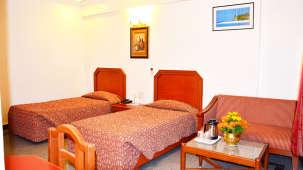 Hotel Chalukya, Bangalore Bangalore Deluxe Room Hotel Chalukya Bangalore 6