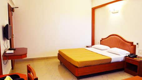 Hotel Chalukya, Bangalore Bangalore Standard Room Hotel Chalukya Bangalore
