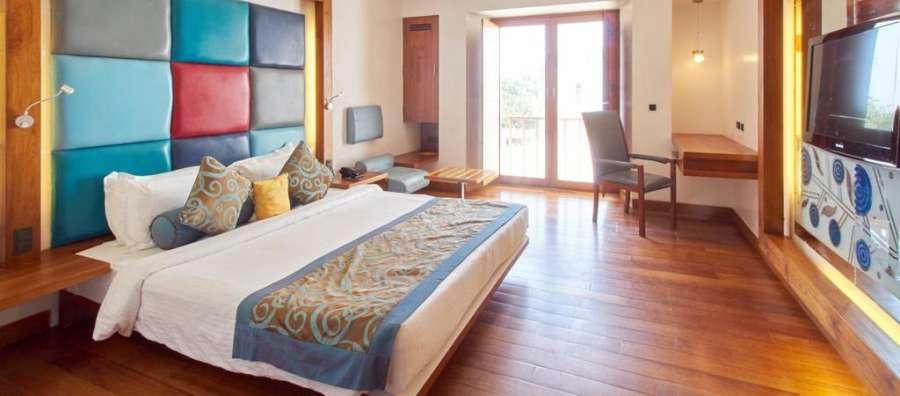 Deluxe Non Sea Facing room at The Promenade Hotel Pondicherry