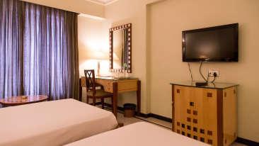 Modern Interiors at Sarovar Ahmedabad, Hotel in Ahmedabad, Ahmedabad Hotel