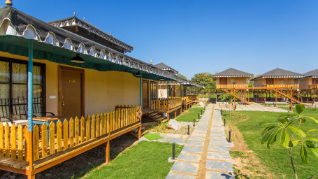Luxury Tents in Ranthambore, Resorts in Ranthambore National Park, Accommodation in Ranthambore - Luxury Tents at The Baagh Ananta Elite